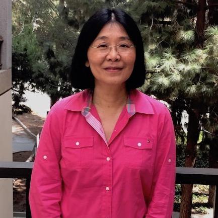 headshot of Elyse Chou