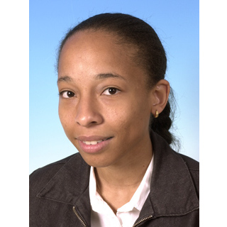 headshot of Estelle Deau
